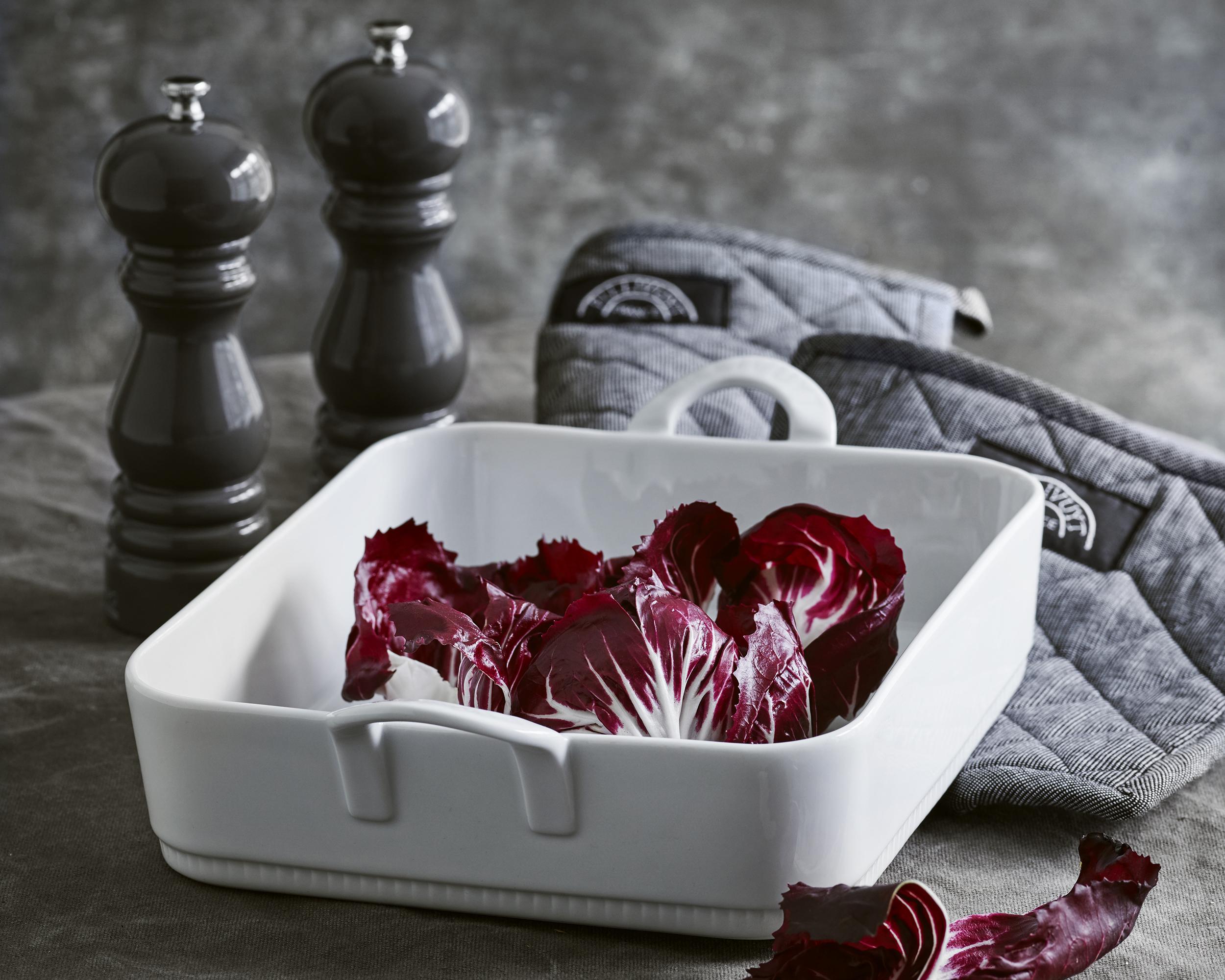 Pillivuyt - Toulouse Dish Rectangular + Peugeot Grinder Gift Set - White (PILPEU 4)