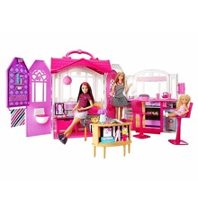 Barbie - Glam Getaway House and Doll (CFB65)