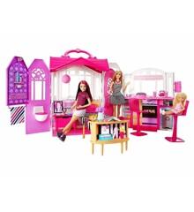 Barbie - Glam Getaway Hus og Dukke (CFB65)