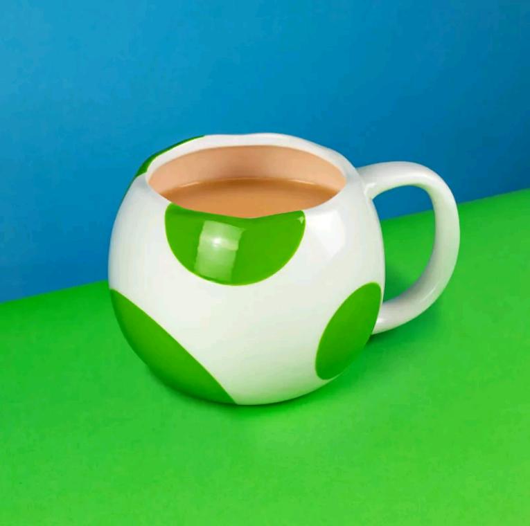Nintendo - Mario Yoshi Egg Shaped Mug (PP4911NN)