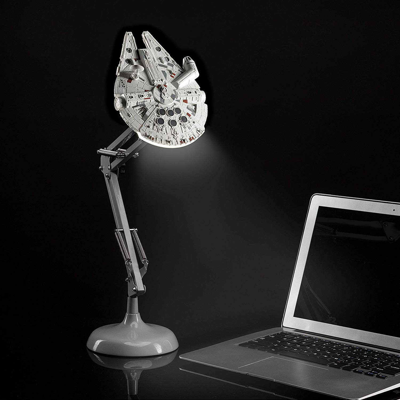 Star Wars - Millennium Falcon Posable Desk Light (PP5056SW)