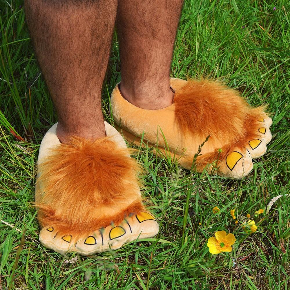 Amazon.co.uk: hobbit feet slippers |Hobbit Feet Slippers