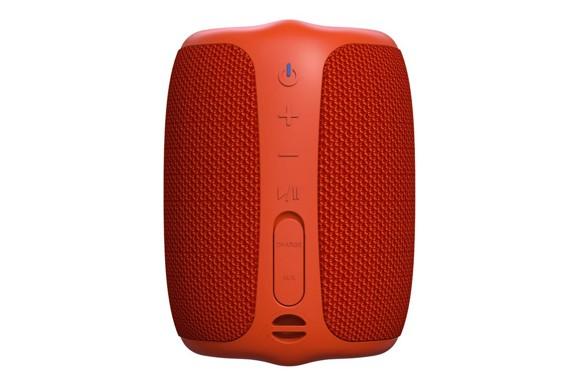 Creative - Muvo Play  Waterproof Bluetooth Speaker