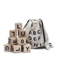 Ooh Noo - Holzklötze mit schwarzen Buchstaben