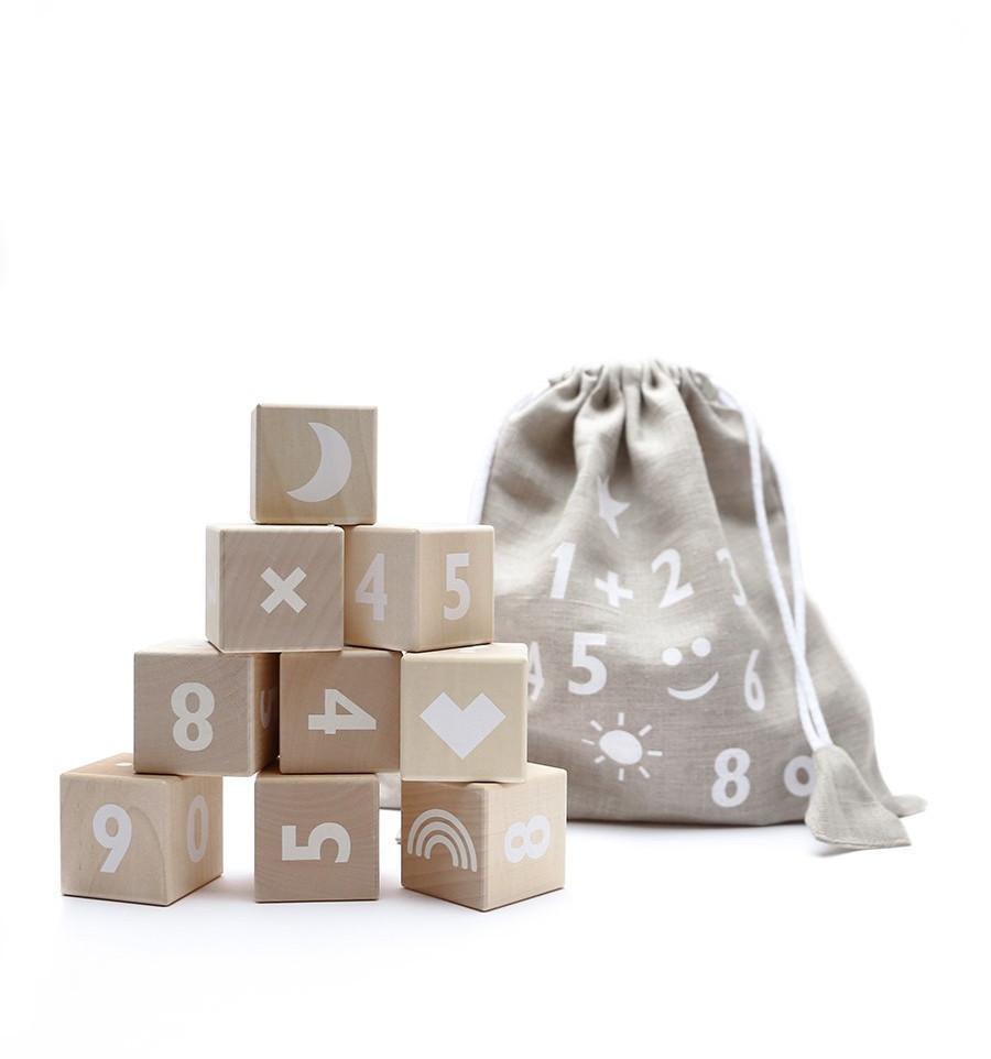 Ooh Noo - Holzklötze mit weißen Zahlen