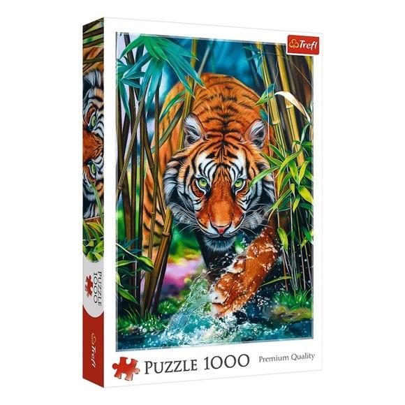 Trefl - Puzzle 1000 pc - Grasping tiger (10528)