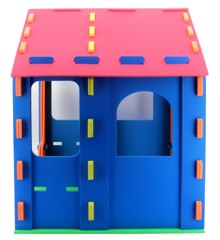 SKUM - Playhouse with Windows (6950578)
