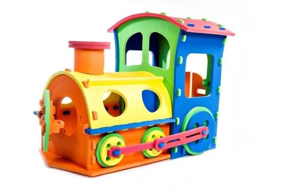 SKUM - Toy Train with Revolving Doors (6950576)