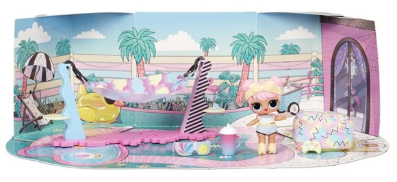 L.O.L. Surprise - Furniture with Doll (Wave 3) - Chill Patio - Dawn (561736xx3)