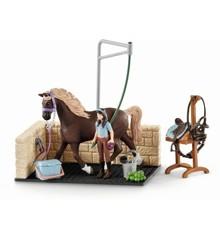Schleich - Washing area with Horse Club Emily & Luna (42438)