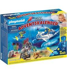Playmobil - Advent Calendar: Bathtime Fun Police Diving Mission (70776)
