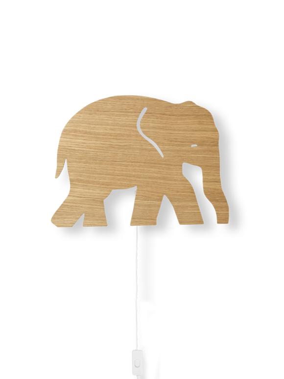Ferm Living - Elefant Lampe -Olieret Egetræ
