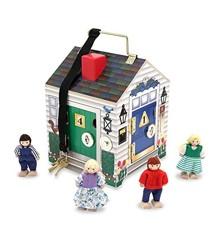 Melissa & Doug - Træhus med dørklokke og dukker (12505)