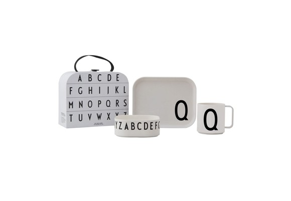 ​Design Letters - Gift Box Tritan Eating Set - Q (20201500Q)
