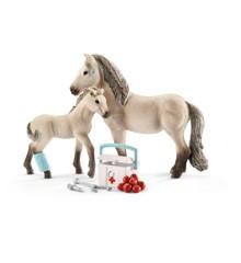 Schleich  - Horse Club - Hannahs førstehjælpssæt (42430)