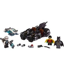 LEGO Super Heroes - Mr. Freezes batmotorcykelkamp (76118)