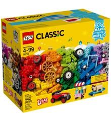 LEGO Classic - Bricks on a Roll (10715)