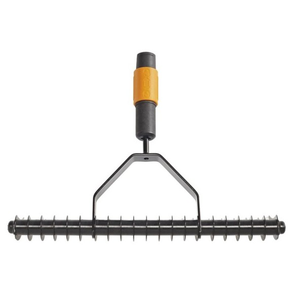 Fiskars - QuikFit Aerator Rake (Single Edge)