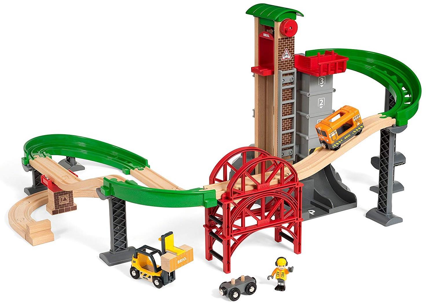 BRIO - Lift & Load Warehouse Set (33887)
