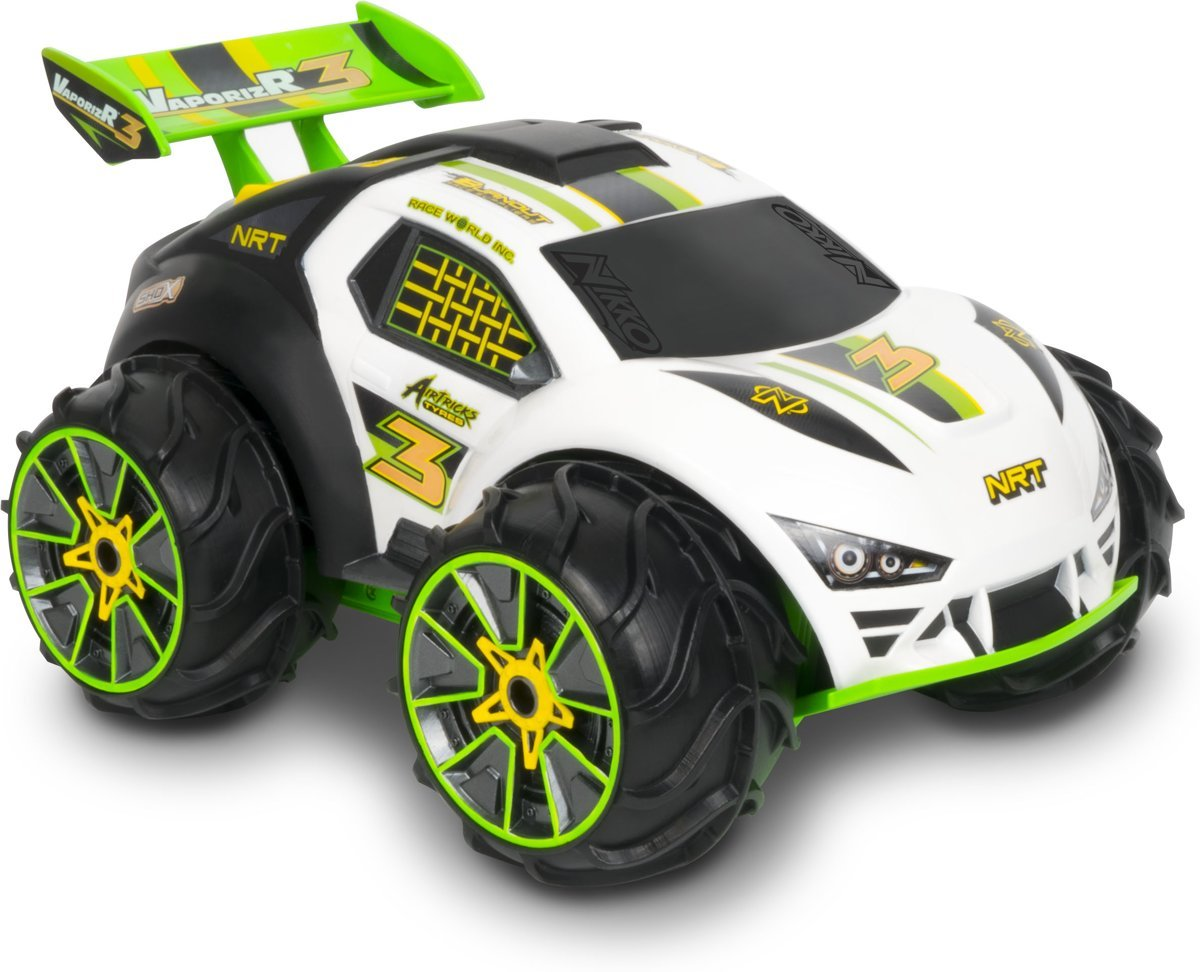 3 Wheel Car >> Nikko Vaporizr 3 White Green 2 4 Ghz 10022